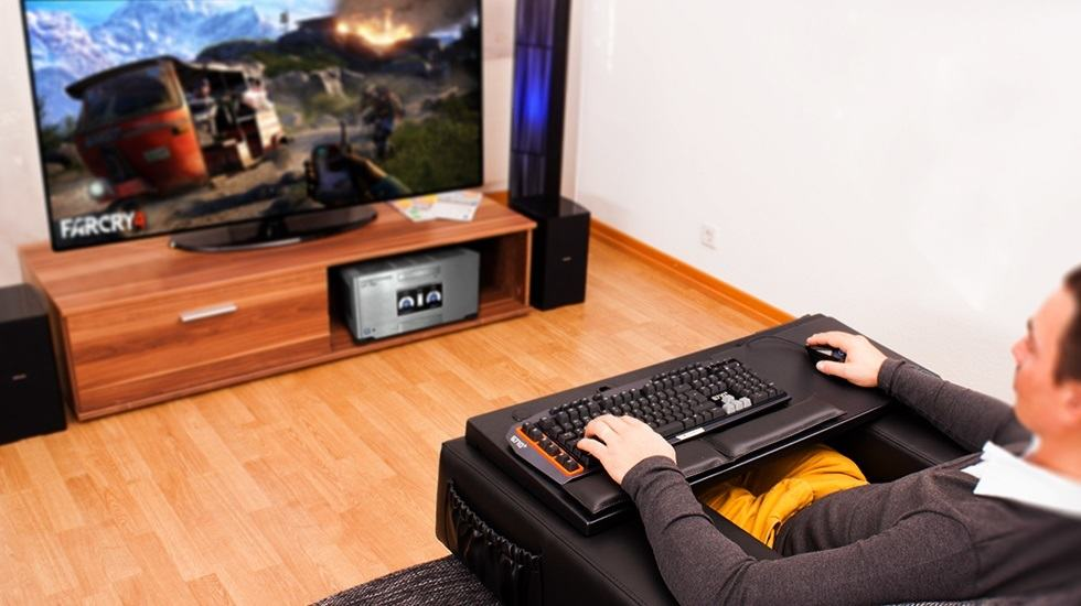 pc gaming in living room