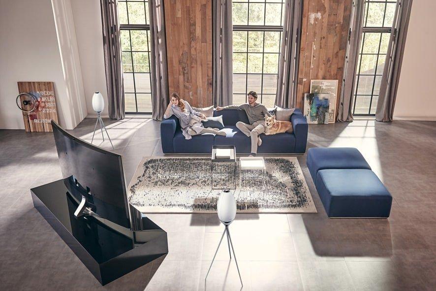 Samsungs Audio R7 Alien Pods Disguised As Speakers Invade Living Room