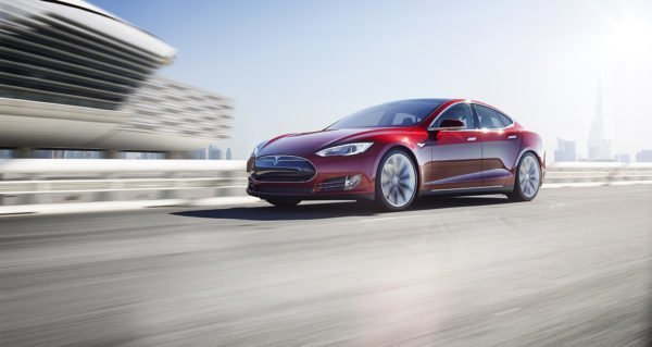 Grab And GreenTech Malaysia Offer Tesla S For RM15 Per Ride