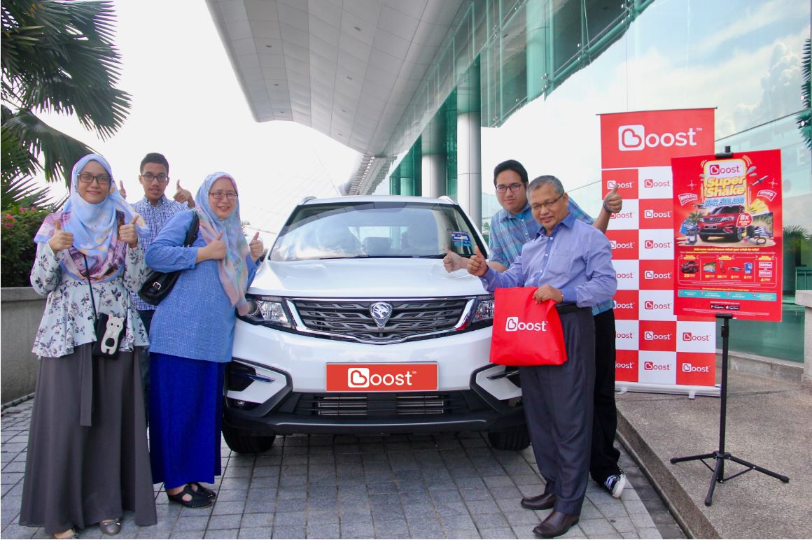 Boost Delivers First Proton X70 To Super Shake Campaign